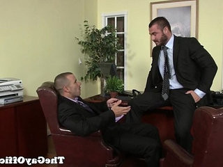Uniformed homophile office hunk is pounding ass